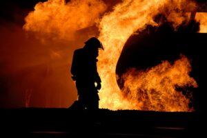 firefighter-767814_640